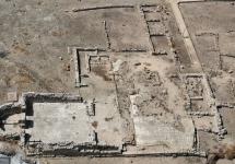 Foto_strutture_santuario_di_Esculapio_4